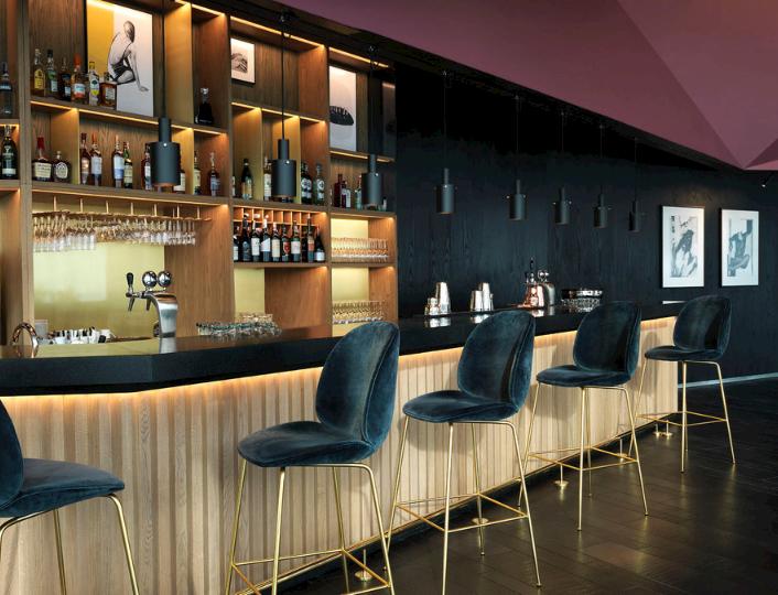 nGin Bar